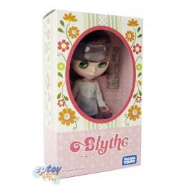 Blythe Casual Affair